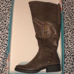 New wide calf Riding Boot